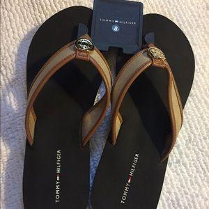 NWT Tommy Hilfiger women's sandals